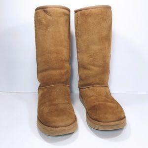 UGG Classic Tall II Boots in Chestnut Size 7